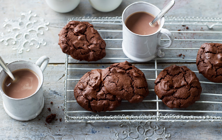 Μπισκότα με κομμάτια σοκολάτας